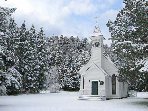 Windmere-Orcas-Island-winterchapel